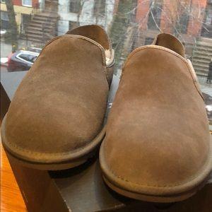 New men's uggs slippers